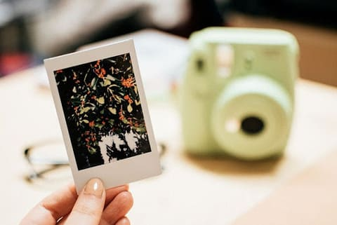 Instax Polaroid Size in cm inches